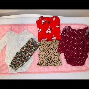 Newborn baby outfits & onesies